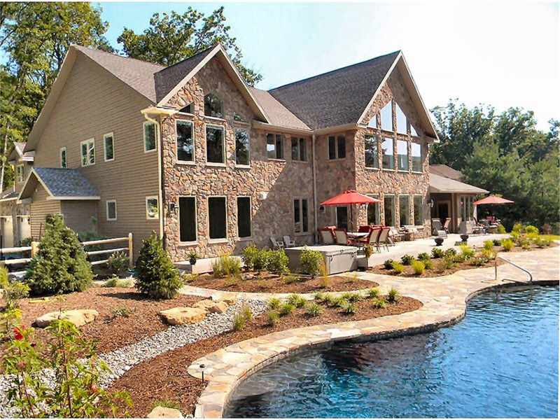 Custom Luxury Home Builders Lehigh Valley Poconos Pennsylvania Service  Construction Co. Inc.Ph: