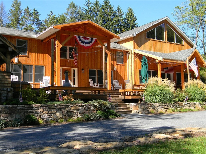 Home addition contractors lehigh valley poconos pa for Log cabin sunroom additions